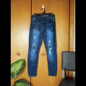 Vanilla Star Distressed Mid-Rise Skinny Jeans